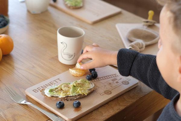 Frühstücksbrettchen Personalisiert für Kinder - Feuerwehrauto